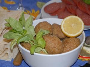 Cuisine arménienne, cc Jean-Pierre Dalbéra https://www.flickr.com/photos/dalbera/604385562/in/photolist-VpCbW-Voi1g-VpC3b-VohR4-VoibV-VpCLJ